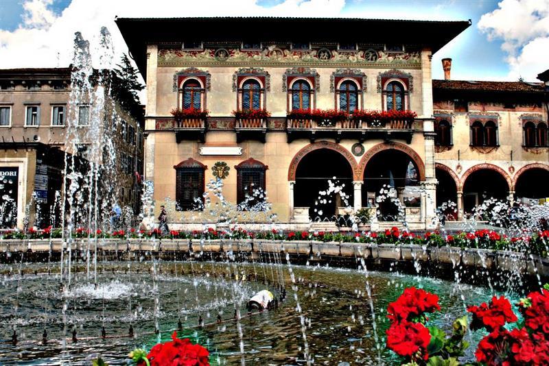 Www Rovereto Hotel Flora It
